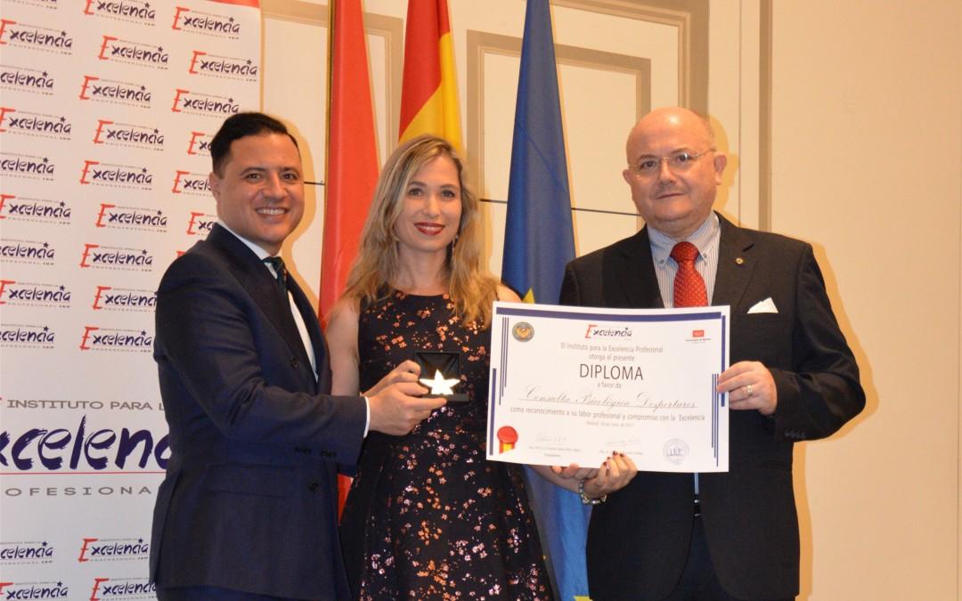 """Despertares galardonado con el premio """"Estrella de Oro"""" a la excelencia profesional"""